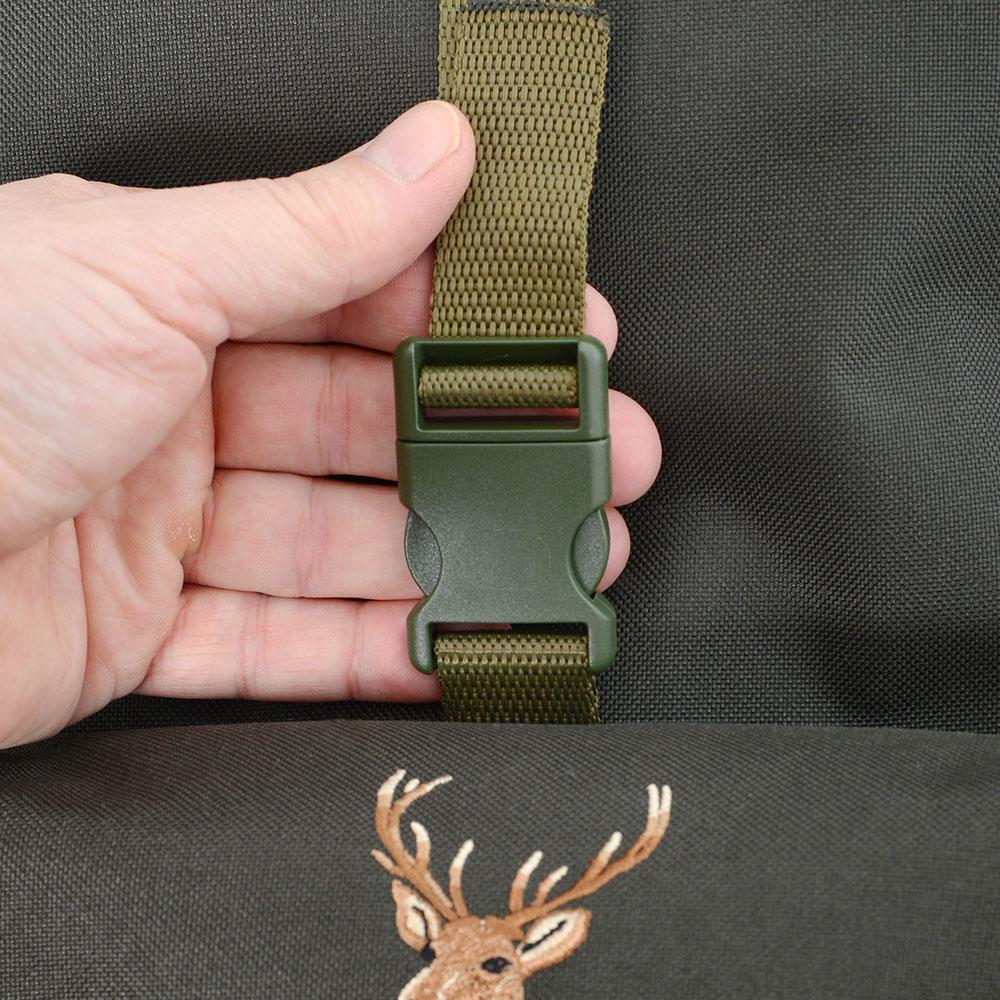 1e3c8a6e79 Poľovnícky ruksak Ballpolo Standard 35 L so stoličkou IV · Poľovnícky ...